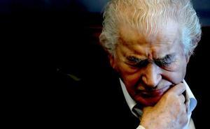 Gamoneda: «Vivimos una democracia ficticia bajo la dictadura del Ibex-35»