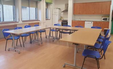 La ayuda de Fundación Once permite a Down León comprar diverso mobiliario