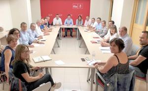 El PSOE de León reactiva su Oficina Parlamentaria para acercar a sus representantes públicos a los leoneses