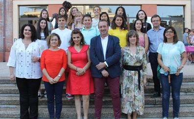 José Carlos Comino recibe en la ULE el III Premio de Narrativa Juvenil 'Manuel Berrocal Domínguez'