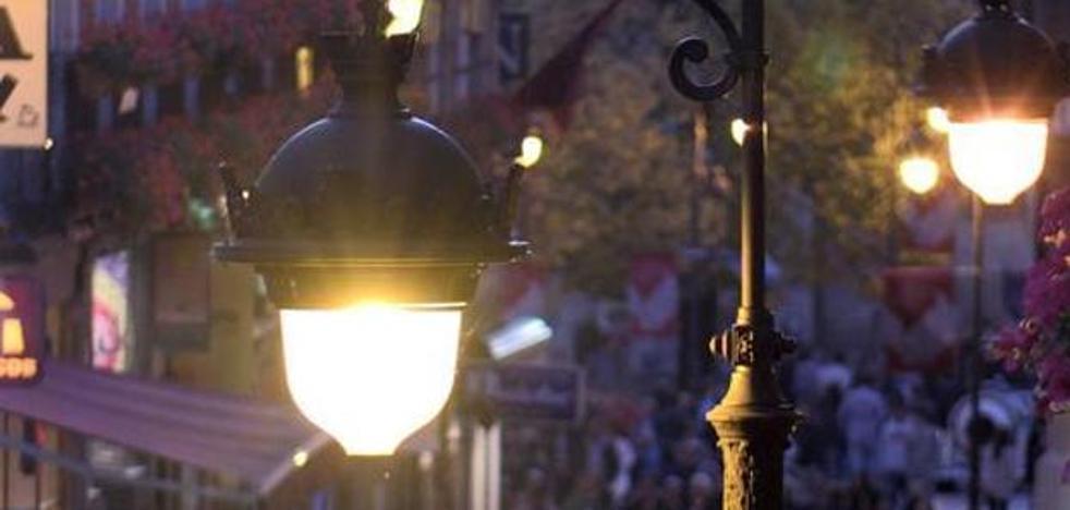 Canuria achaca la baja intensidad de la luz a que el contrato está en un momento «incipiente»