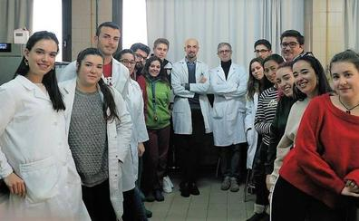 La ULE busca profesores para continuar con el proyecto Mundo Educativo 'Micromundo'