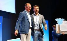 Casado pone paz en el PP vasco con una defensa explícita de la foralidad