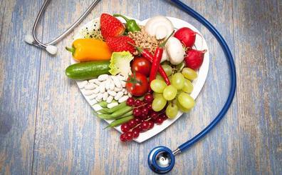 Comida precocinada y lotes caducados en el menú de guardia de los médicos rurales de la región
