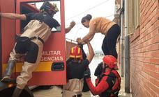 El batallón leonés de la UME trabaja en devolver a Orihuela a la normalidad tras la gota fría