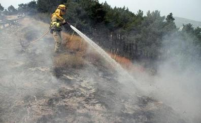 Controlado el incendio intencionado en Robledo de las Traviesas
