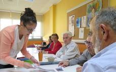Los psicólogos de la comunidad impartirán en León cursos de apoyo dirigidos a familiares de personas con alzhéimer