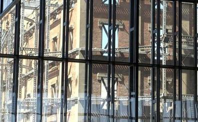 «La hipoteca de la Junta y Silván hacen complicado que el Palacio de Congresos sea una realidad»