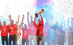 La selección española celebra a lo grande su segundo título mundial