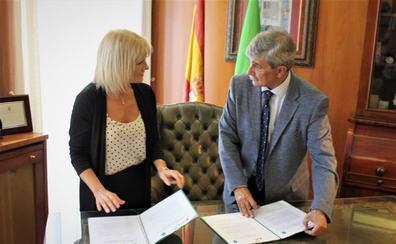 La ULE y la Universidad de Patagonia firman un acuerdo para el intercambio de alumnos durante cuatro años