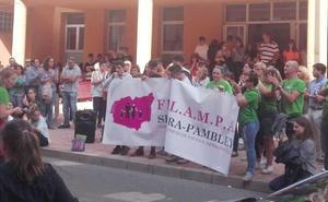 Valencia de don Juan sale a la calle para pedir más profesores y garantizar la calidad educativa