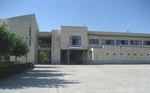 San Andrés abre la matriculación para los cursos de natación del Centro de Ocio de Trobajo del Camino