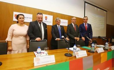El campus de Ponferrada ofertará un nuevo postgrado en informática, programación y plataformas móviles