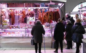 León renuncia a los gastrobares en el Mercado del Conde Luna y busca ocupar los puestos vacantes con más oferta