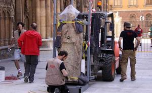 Las «discrepancias» entre Cabildo y Patrimonio condenan a una década de olvido a las estatuas de la Catedral