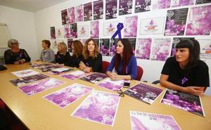 Ponferrada declara la «emergencia feminista» con una concentración nocturna ante el Ayuntamiento