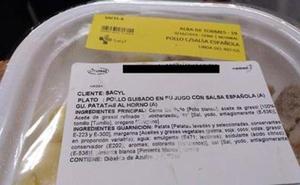 El PSOE pide a la Junta que suspenda el contrato con la empresa que sirve los menús a los sanitarios