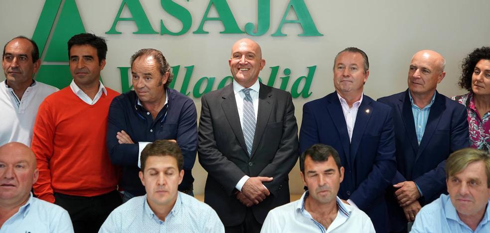 Carnero compromete la modernización de 30.000 hectáreas de regadíos y Asaja pide las 120.000 que aún quedan «obsoletas»