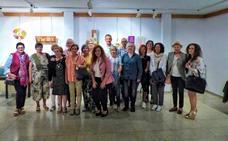 Un taller de manualidades abre la temporada de exposiciones en La Robla