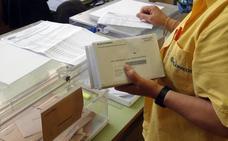 Correos realiza 230 contratos de refuerzo en la Comunidad para las elecciones generales