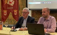 La Casa De León en Madrid acogió la presentación del nuevo libro del historiador leonés Joaquín Cuevas