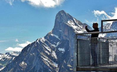 Dos nuevos miradores en Picos y el 'voladero de Urogayo' en Caboalles reciben 850.000 euros para su ejecución