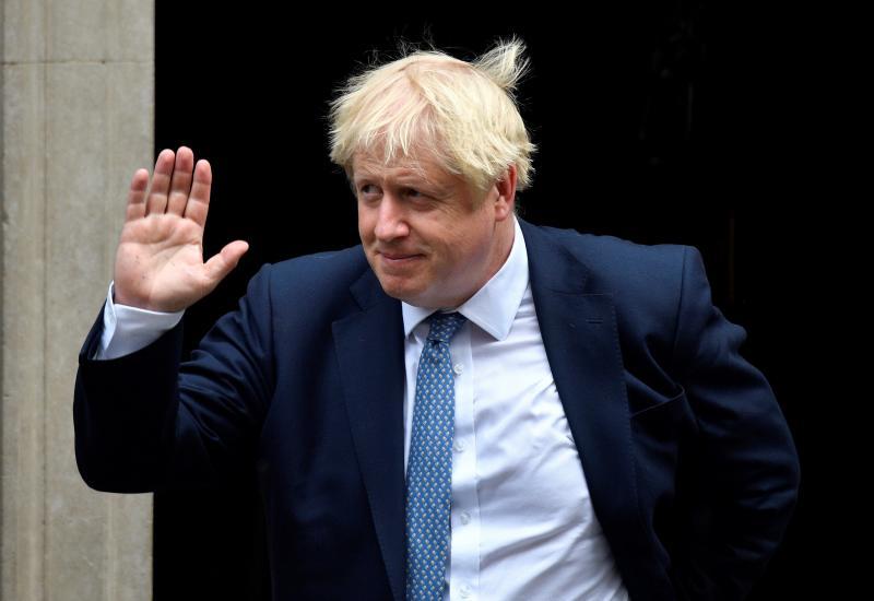Castigado por su retórica, Johnson pierde su séptima votación en el parlamento