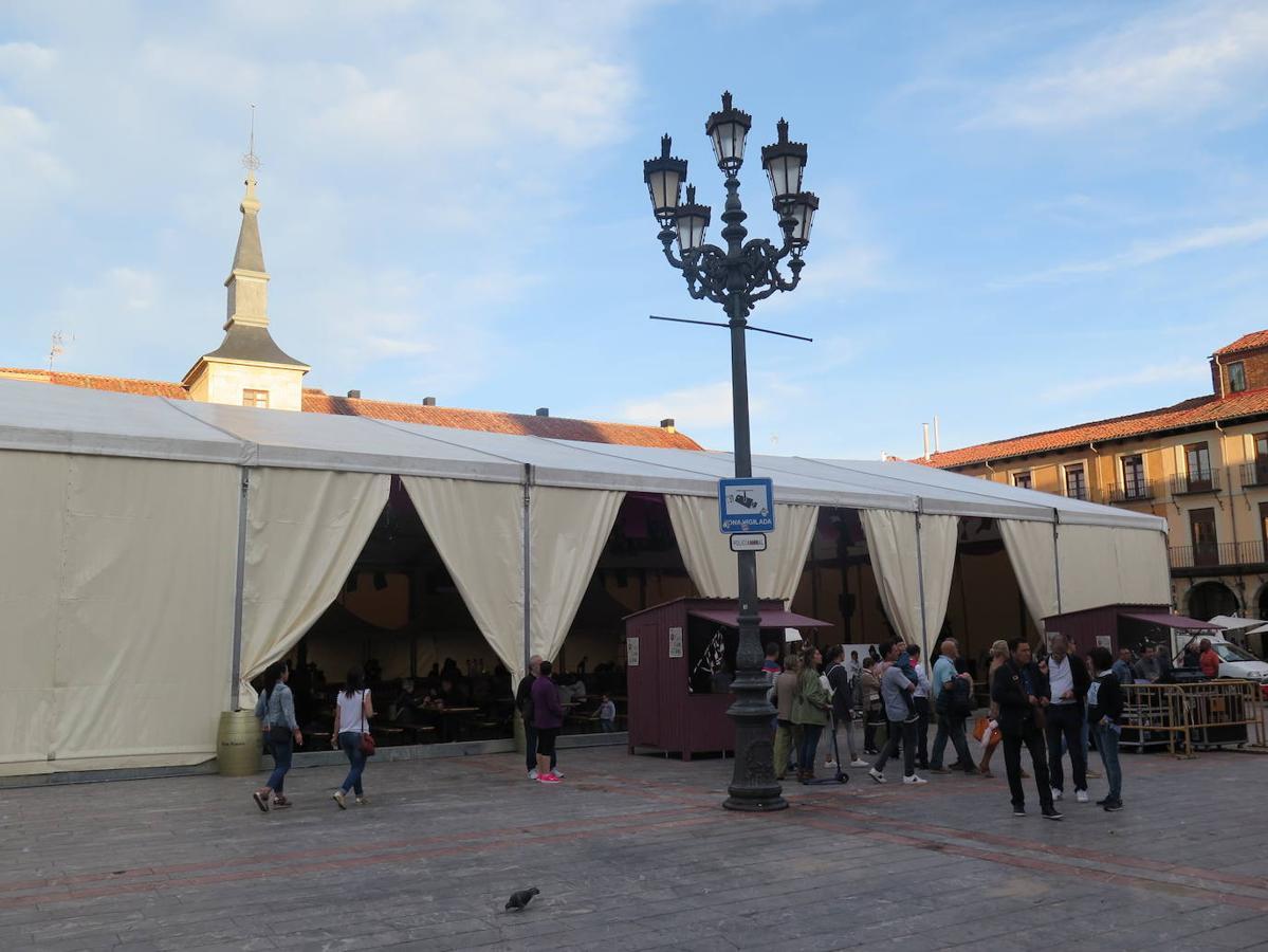 Inaugurada la Feria de la Morcilla de San Froilán