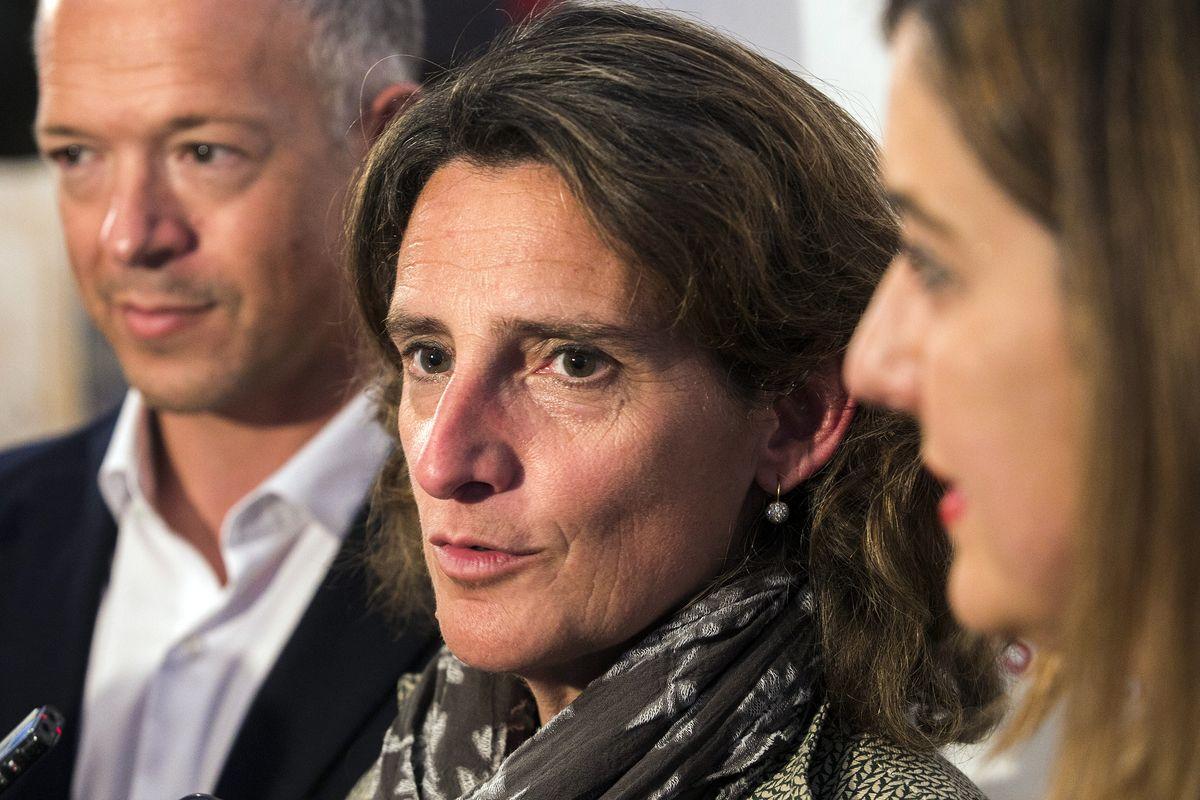 Teresa Ribera se reunirá con empresa y trabajadores de Endesa tras el anuncio de cierre de todas sus centrales de carbón en España
