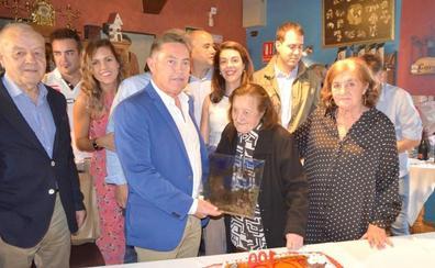Los felices cien años de Isabel González Llamas