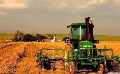 Agricultura subvencionará hasta el 100% el coste de los intereses para préstamos preferenciales de hasta 40.000 euros