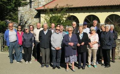 El obispo Julián López clausura en Riaño las visitas pastorales del arciprestazgo de Rivesla-Cea