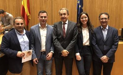 Los parlamentarios socialistas de León participan en el Congreso de la presentación de la Fundación Carme Chacón