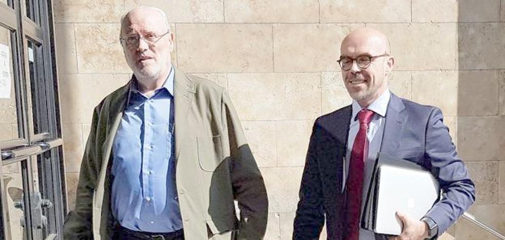 El juez llama a Unicaja y Fundos para negociar un acuerdo que ponga fin a sus disputas sobre el patrimonio 'común'