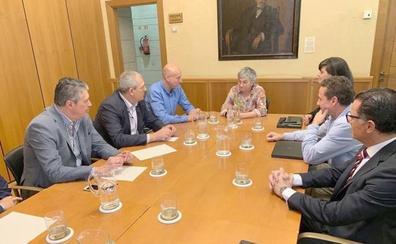 El Ayuntamiento se fija en Gijón para implantar su modelo de gestión