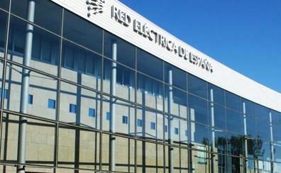 Red Eléctrica cierra la compra del 89% de Hispasat por 933 millones