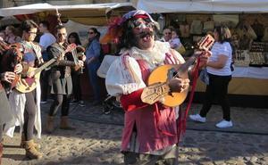 Podemos lamenta el uso de animales en el Mercado Medieval de San Froilán