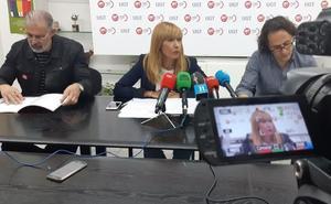 La supresión y la «caótica» asignación de plazas y el rechazo a recuperar las 35 horas, marcan el curso escolar de León