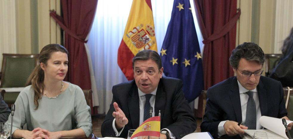 Gobierno y comunidades se unen para pedir firmeza a la UE contra los aranceles