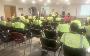La Junta forma en León a 220 agentes sobre el protocolo ante accidentes con vehículos eléctricos