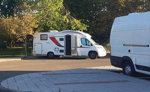 Ciudadanos pide acondicionar un párking de autocaravanas junto al parque la Granja