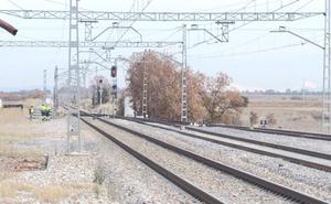 Adif iniciará en noviembre las obras del cargadero provisional de Villadangos que conectará la carga a Gijón en 2020