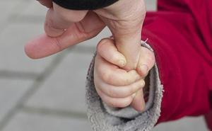 Uno de cada tres hogares monoparentales se encuentra en riesgo de exclusión o pobreza, frente