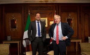 Johnson y Varadkar ven una senda hacia el acuerdo del 'brexit'