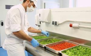 Tres concesionarias de comedores escolares en Castilla y León ya ofrecen un menú al mes con productos de Tierra de Sabor