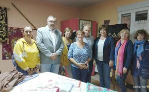 Sariegos celebra el Día de la Mujer Rural con una exposición de artesanía