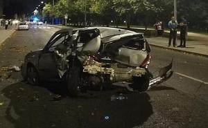 Un aparatoso accidente múltiple acaba con dos heridos en la Avenida Peregrinos de León