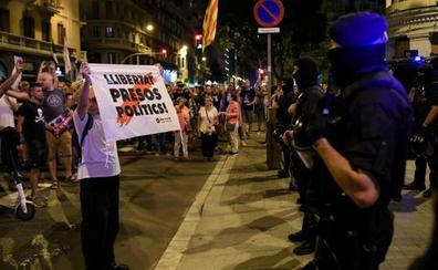 Cataluña se blinda con 3.000 antidisturbios para recibir la sentencia del 'procés'