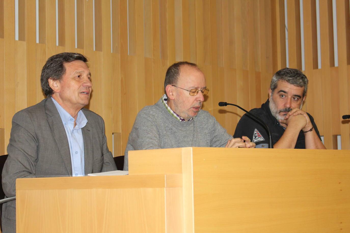El sindicalista Antonio Gutiérrez en la Fundación Sierra Pambley