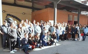El Cuerpo Nacional de Policía de León recibe la visita de los alumnos de Derecho de la ULE